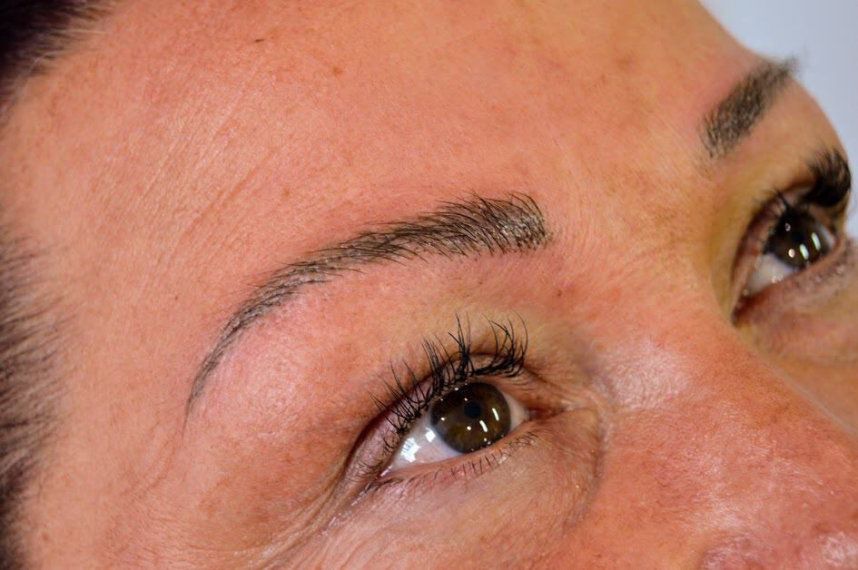 Why do Microblading Hair Strokes Blur? ⋆ Sophia Wyatt